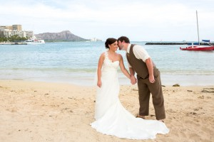 hawaii-wedding-dress
