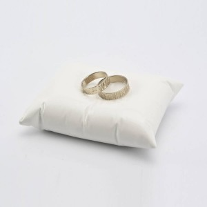 ring pillow1